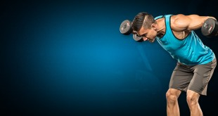 Тренировка плеч гантелями
