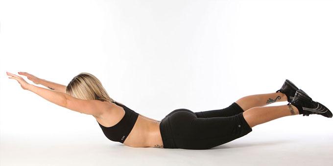Упражнения для спины - супермен